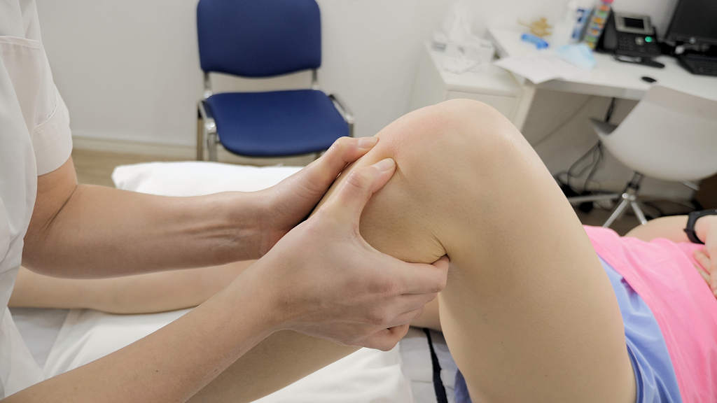 Exercise to ease knee pain